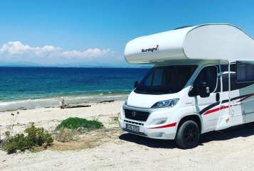 Hire a motorhome in Langweid am Lech from private owners  Sunlight Sunny