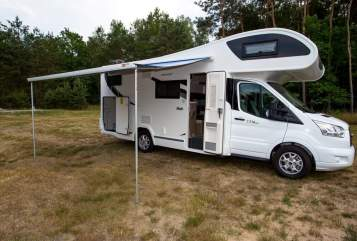 Hire a motorhome in Kolkwitz from private owners| Ford Chausson Flash C 714 GA