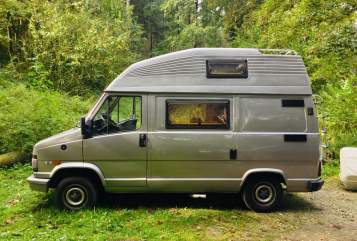 Hire a motorhome in Bielefeld from private owners| Fiat  Johnny