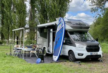 Hire a motorhome in Magdeburg from private owners| Challenger Gord 1