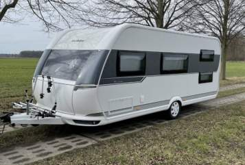 Hire a motorhome in Amt Tessin from private owners| Hobby Hobby 545 KMF