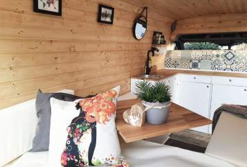Hire a motorhome in Leipzig from private owners| Ford  Lotte