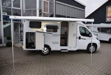 Hire a motorhome in Frankfurt am Main from private owners| Carado Kleine Freiheit