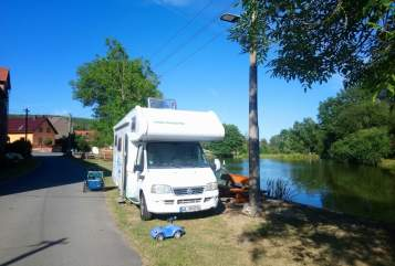 Hire a motorhome in Kirchheim unter Teck from private owners| Weinsberg Otto