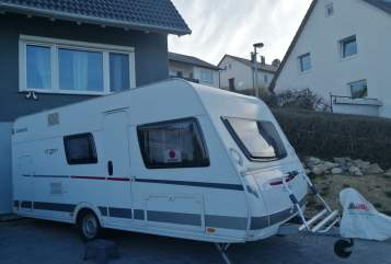 Hire a motorhome in Grafenau from private owners| Dethleffs Happy Caravan