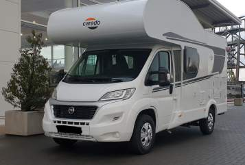 Hire a motorhome in Hamm from private owners  Carado Rudi