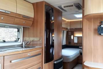 Hire a motorhome in Heiningen from private owners  Fendt Happy Holiday