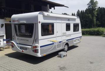Hire a motorhome in Warngau from private owners| Dethleffs Schwanzal
