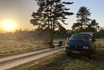 Hire a motorhome in Treuchtlingen from private owners| VW  Karl-Heinz