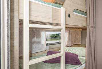 Hire a motorhome in Dunningen from private owners  Weinsberg Cara-Family