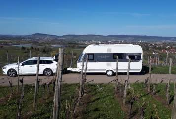 Hire a motorhome in Kernen im Remstal from private owners| Hobby Perfekter Wowa