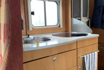 Hire a motorhome in Mönchengladbach from private owners  Hymer  Buddi