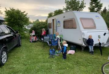 Hire a motorhome in Ottobrunn from private owners| Knaus Südwind  FamilienCamping