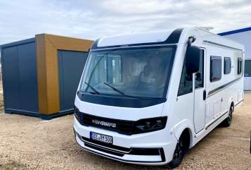 Hire a motorhome in Fredersdorf-Vogelsdorf from private owners| Weinsberg CaraMel