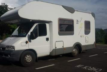 Hire a motorhome in Eibelstadt from private owners| Fiat SunCriuser