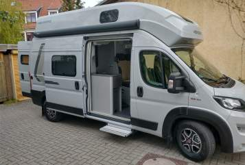 Hire a motorhome in Bremen from private owners| Weinsberg Juisty
