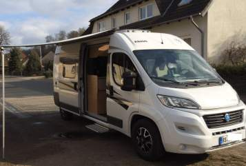 Hire a motorhome in Cremlingen from private owners| Fiat Bus II