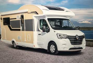 Hire a motorhome in Hamburg from private owners| Ahorn Canada Escape 14.6