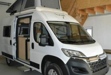 Hire a motorhome in Backnang from private owners| Clever Kastenwagen