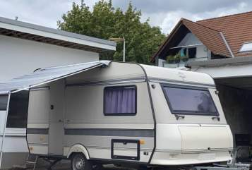 Hire a motorhome in Remscheid from private owners| Hobby YvonneMax