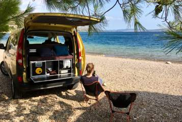 Hire a motorhome in Münster from private owners  Renault Willi