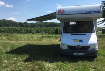Hire a motorhome in Markranstädt from private owners| Mercedes Benz  Lotte