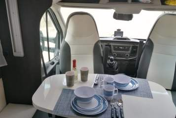 Hire a motorhome in Remscheid from private owners| Roller Team  Rolli
