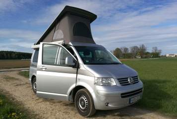 Hire a motorhome in Germering from private owners| VW Rüdiger