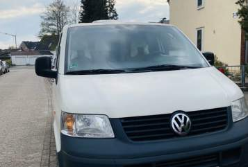 Hire a motorhome in Hannover from private owners| VW Pepper