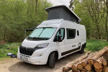 Hire a motorhome in München from private owners| Pössl Isalie