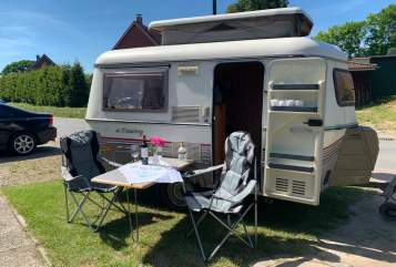 Hire a motorhome in Tüttendorf from private owners| Hymer Eriba Erich