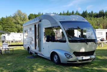 Hire a motorhome in Büttelborn from private owners| EURA MOBIL U.D.O.