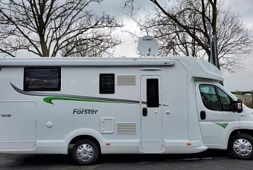 Hire a motorhome in Rheinberg from private owners| Forster Forster 741 QB