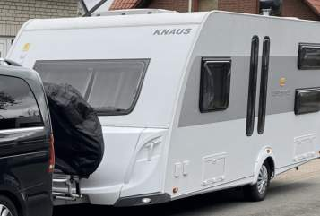 Hire a motorhome in Schlangen from private owners| Knaus  Urlaubmacher