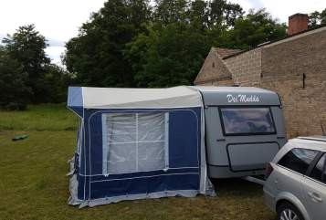 Hire a motorhome in Zeuthen from private owners  Knaus Dei Mudda
