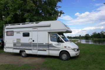 Hire a motorhome in Mannheim from private owners| Mercedes Benz  Fifi