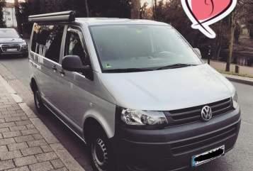Hire a motorhome in Dortmund from private owners| VW Bulli Bertha