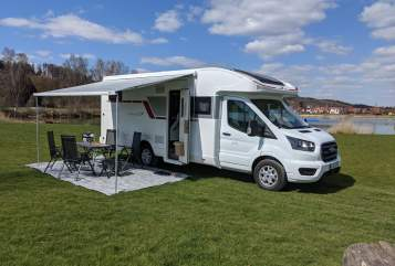 Hire a motorhome in Meitingen from private owners| Roller Team Womie1