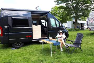 Hire a motorhome in Bensheim from private owners| Sunlight BlackBox