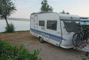 Hire a motorhome in Mainz from private owners| Hobby  Hobby De Luxe 400 mit 100 Km/h Zulassung