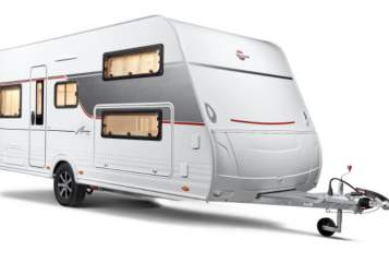 Hire a motorhome in Mönchengladbach from private owners| Bürstner Glampi