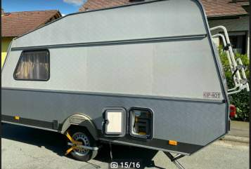 Hire a motorhome in Adelsdorf from private owners  KIP Doggi