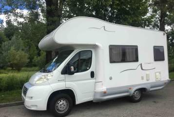 Hire a motorhome in München from private owners| Fiat Ducato  Happy Mobil