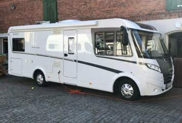 Hire a motorhome in Magdeburg from private owners| Dethleffs Gerda