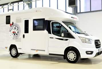 Hire a motorhome in Neuss from private owners| Chausson Dory Dalmatiner