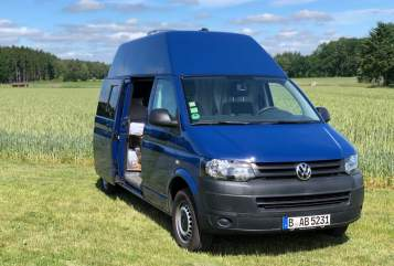 Hire a motorhome in Berlin from private owners| VW Kalle