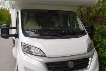 Hire a motorhome in Bad Tölz from private owners| XGO ONUR