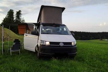 Hire a motorhome in Traunstein from private owners| VW Fridolino
