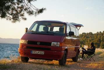 Hire a motorhome in Augsburg from private owners| VW Kurt