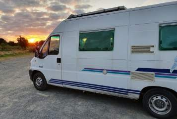 Hire a motorhome in Bielefeld from private owners| Peugeot Birdy